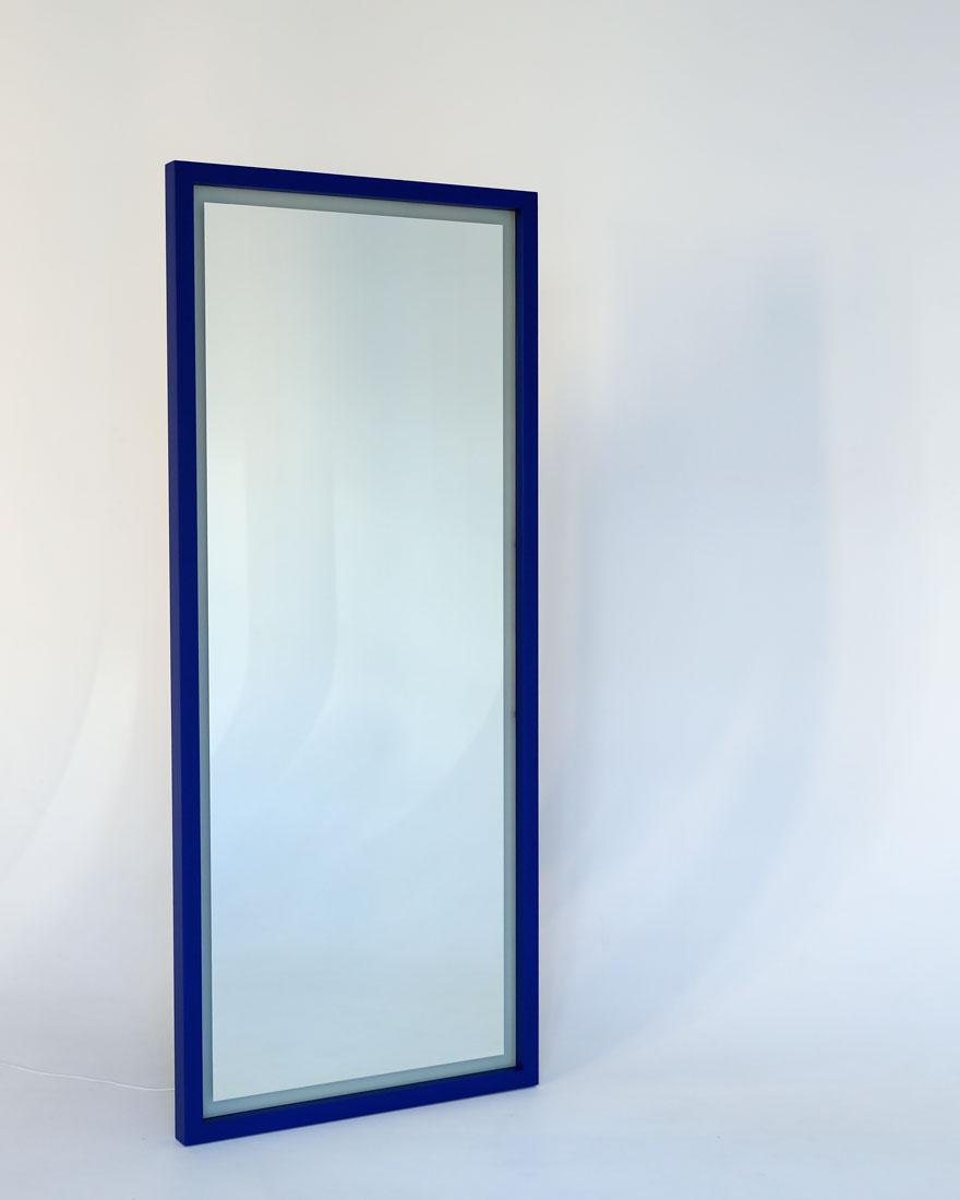 напольное зеркало со светодиодной подсветкой