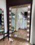 Большое напольное гримерное зеркало