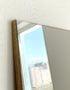 напольное зеркало на дубовой подложке